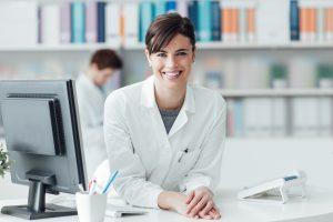 become-a-pharmacy-technician